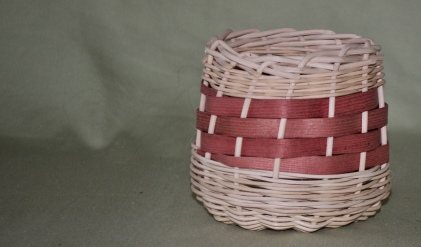 Small basket, round reed, flat reed